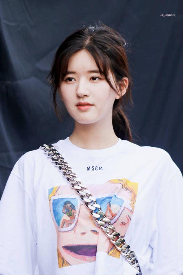 """Mỹ nhân """"Trần Thiên Thiên"""" Triệu Lộ Tư hay bị chê mặt to nhưng nhìn cô đắp mặt nạ thì netizen mới ngã ngửa vì sự thật - Ảnh 2."""