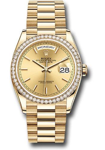 """Hẹn hò ăn tối, Hà Tăng diện đồ đôi đơn giản cùng """"người thương"""" nhưng trên tay lại đeo chiếc đồng hồ tiền tỷ do... bố chồng tặng - Ảnh 3."""