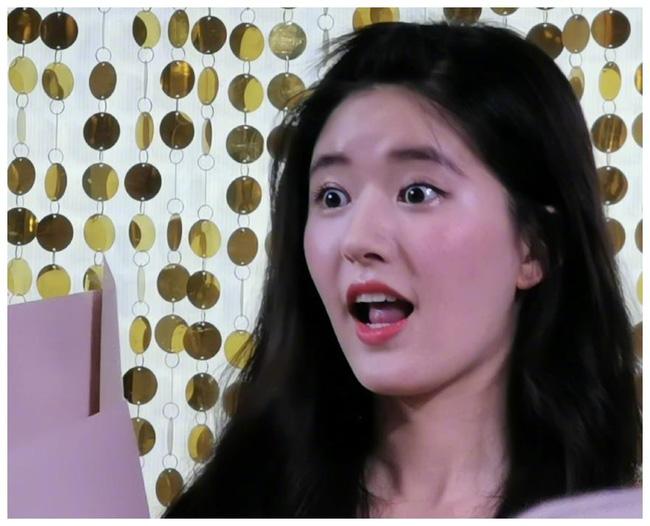 """Mỹ nhân """"Trần Thiên Thiên"""" Triệu Lộ Tư hay bị chê mặt to nhưng nhìn cô đắp mặt nạ thì netizen mới ngã ngửa vì sự thật - Ảnh 3."""