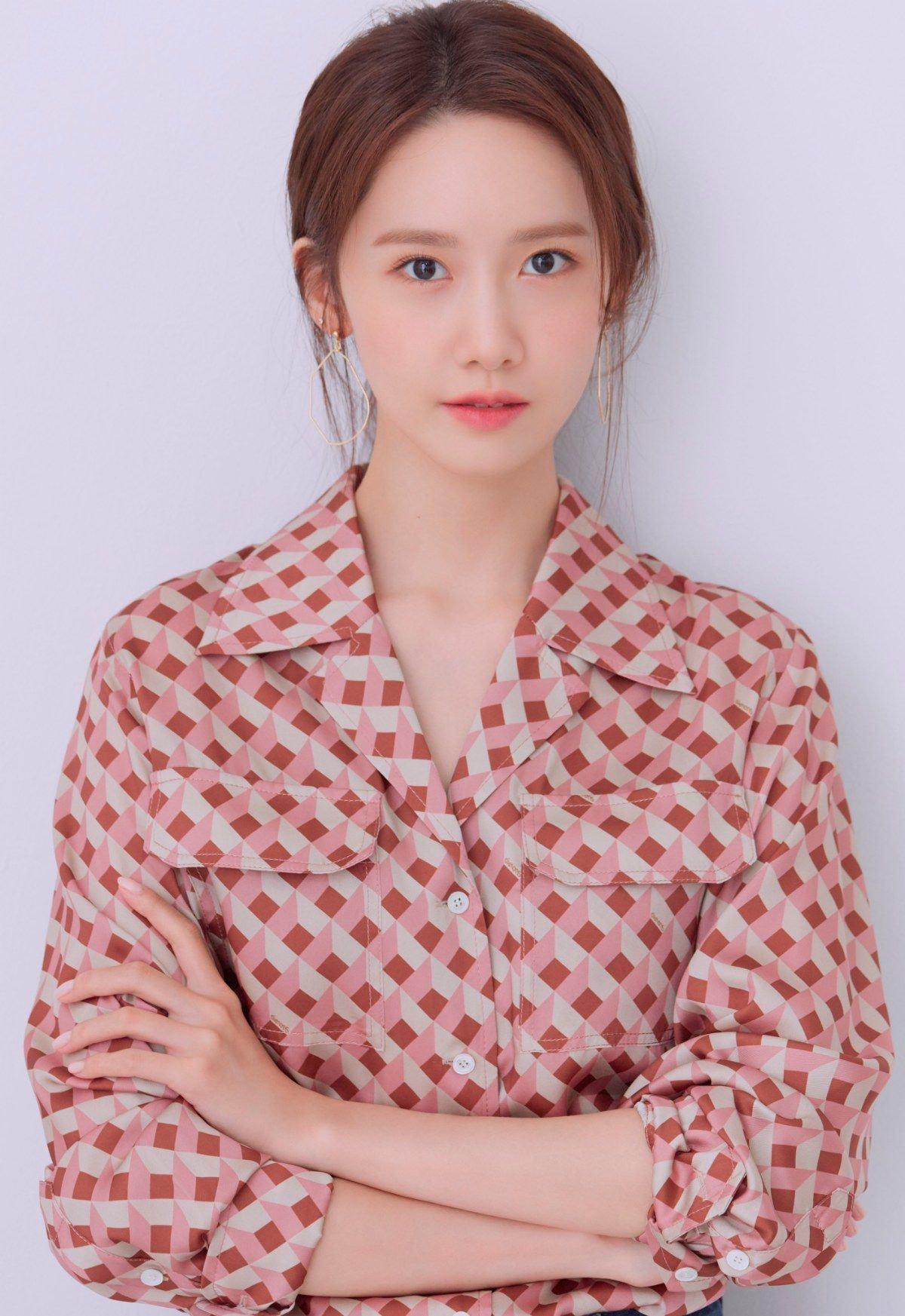 Loạt nước hoa chân ái của Yoona có gì đặc biệt mà 1 trong số đó khiến Công nương Kate mê mẩn mãi không dứt - Ảnh 1.