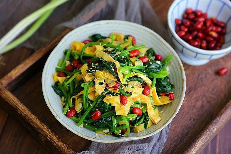 Giảm cân lại đẹp da nhờ mỗi tối ăn món rau trộn thay cho bữa tối - Ảnh 6.