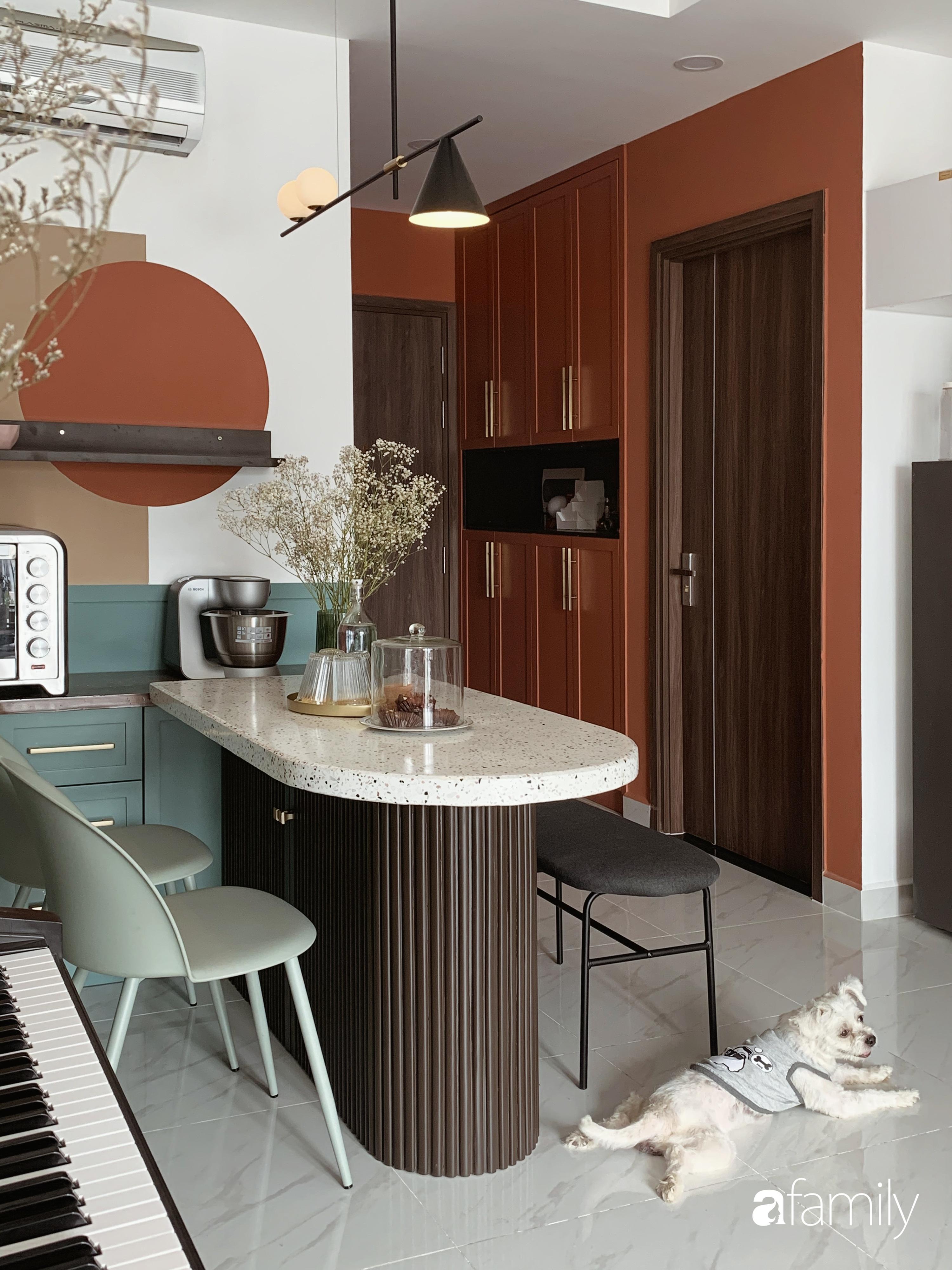 Căn hộ 66m² màu cam đất ấm cúng và trẻ trung của cặp vợ chồng trẻ tự tay thiết kế có chi phí 150 triệu đồng ở Sài Gòn - Ảnh 9.