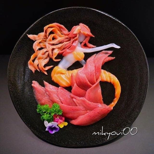 Trầm trồ trước tài nghệ bếp núc đầy nghệ thuật của ông bố Nhật Bản: Biến những lát sashimi đơn điệu thành tranh 3D sống động! - Ảnh 10.