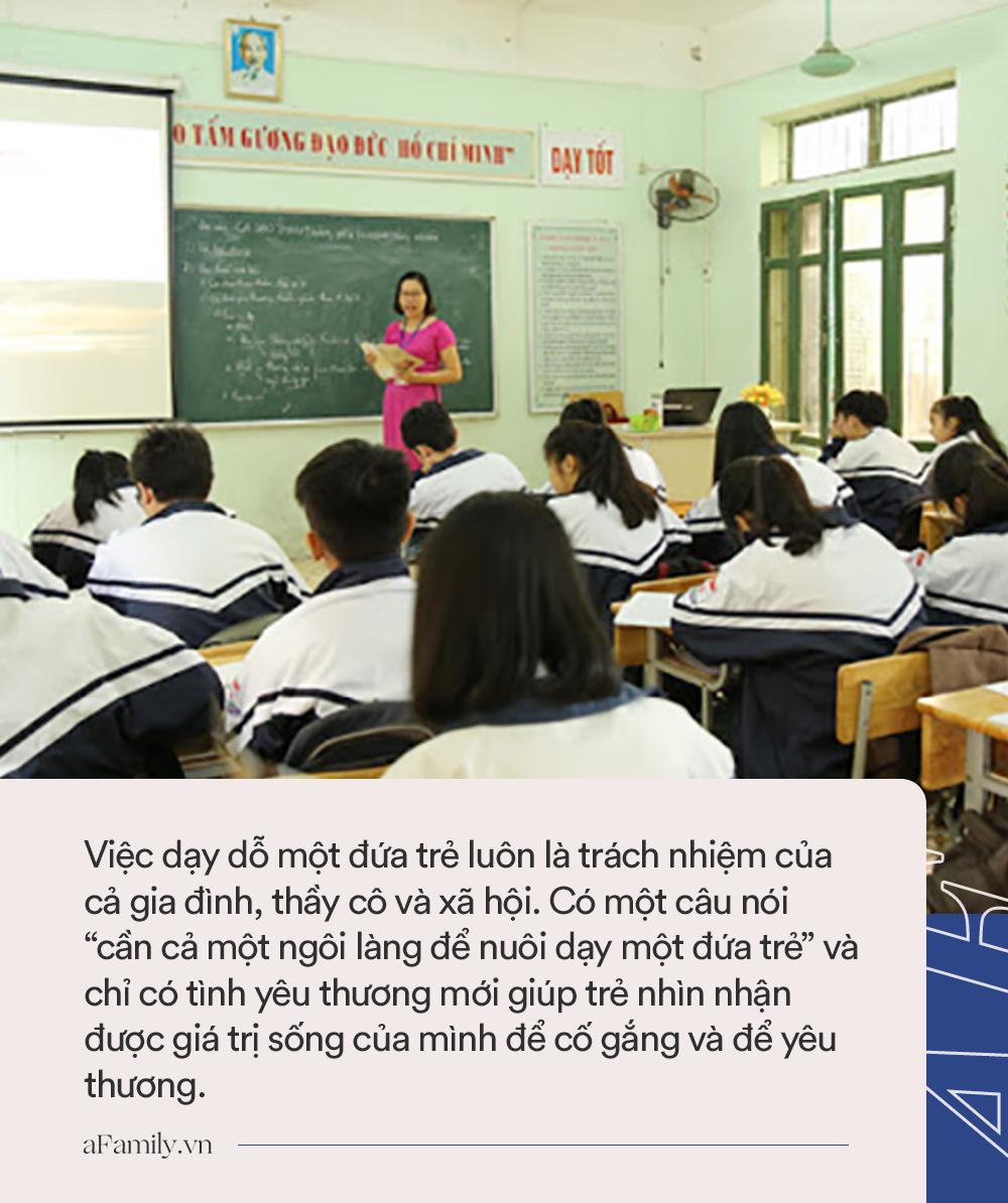 Phụ huynh xin cho con nghỉ học về quê, cô giáo có quyết định bất ngờ và sau này đã thay đổi cuộc đời một nam sinh cá biệt - Ảnh 2.