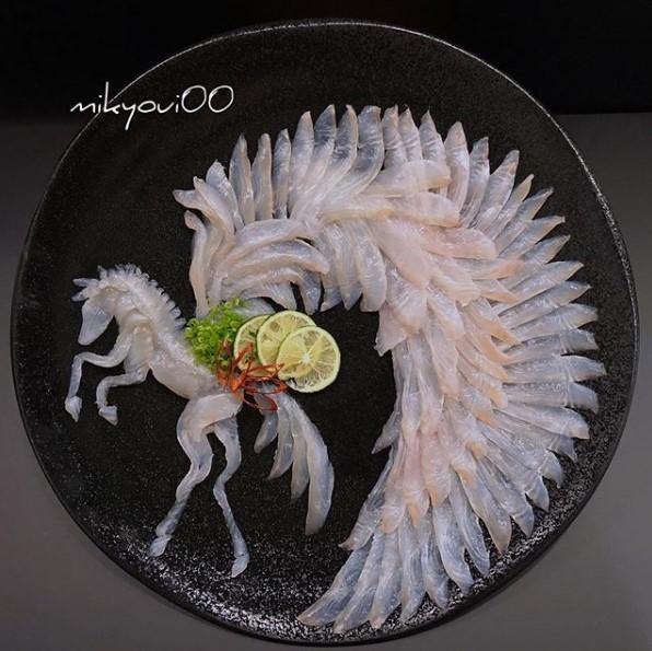 Trầm trồ trước tài nghệ bếp núc đầy nghệ thuật của ông bố Nhật Bản: Biến những lát sashimi đơn điệu thành tranh 3D sống động! - Ảnh 3.