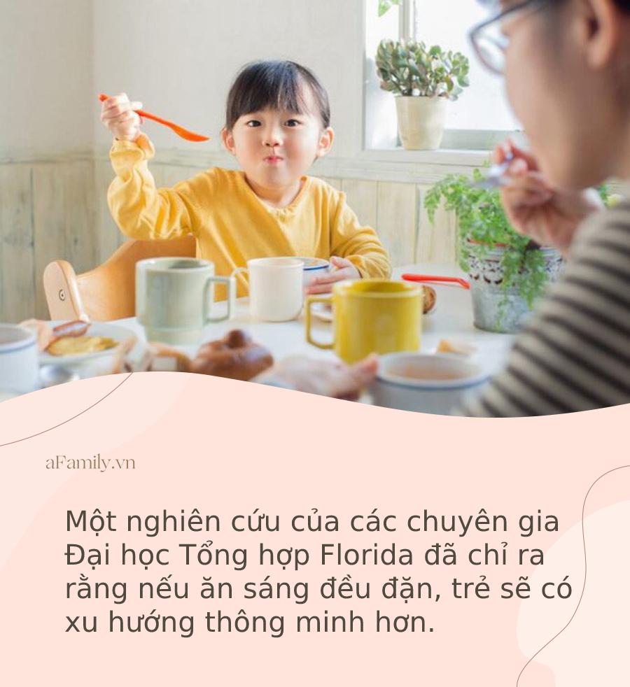 Đừng để trẻ ăn sáng bằng 4 món này vì có thể gieo mầm nhiều bệnh nguy hiểm, bao gồm cả ung thư - Ảnh 1.