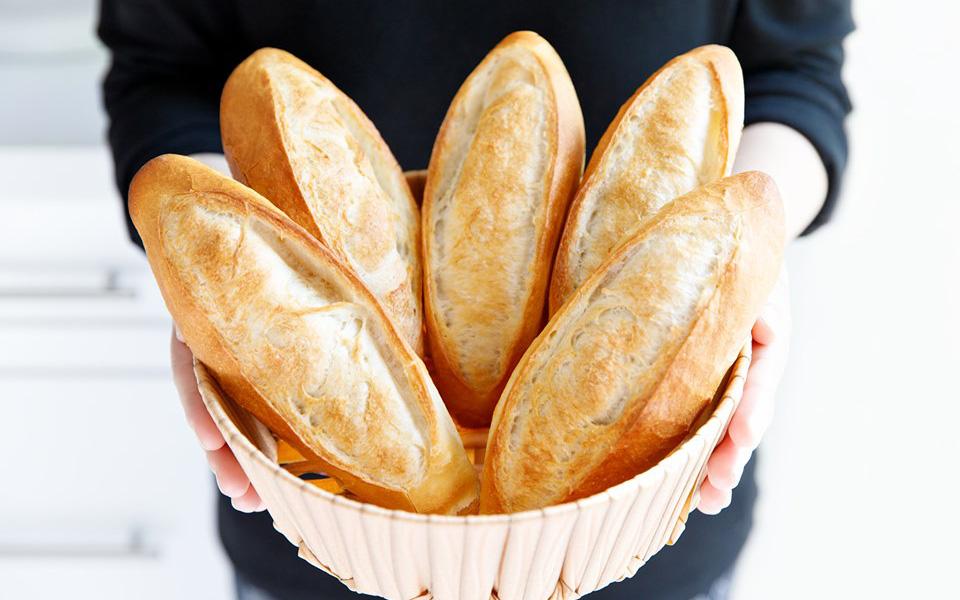 Hot mom Huỳnh Phương Trang chia sẻ cách làm bánh mì