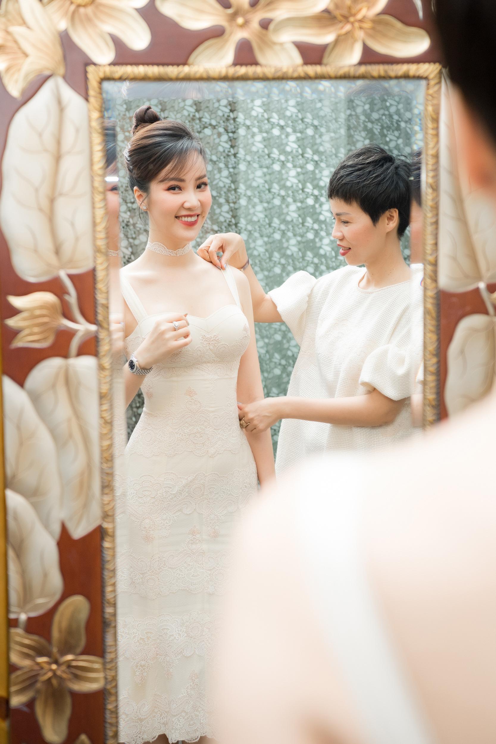 Á hậu Thụy Vân quyên góp trang phục cũ ủng hộ chiến dịch tái chế của NTK Xuân Lê - Ảnh 6.