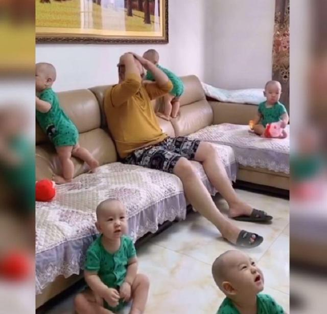 Được khuyên sinh con thứ 2 đi thôi, ông bố khóc ròng úp tay vào mặt, nhìn cảnh tượng xung quanh thì ai cũng hiểu vì sao - Ảnh 2.