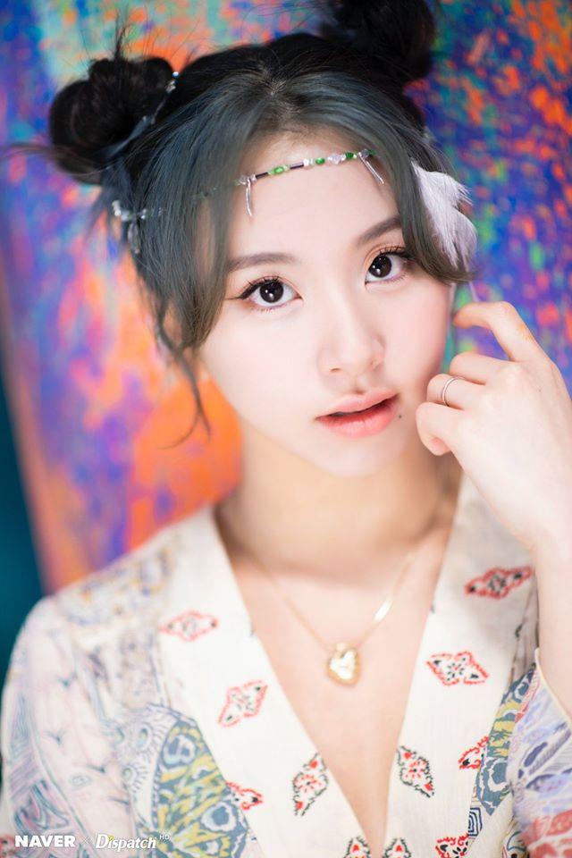 """Twice """"lột xác"""" phi thường với style mới nhưng mỹ nhân khiến netizen ấn tượng nhất không phải Tzuyu mà là người này - Ảnh 9."""