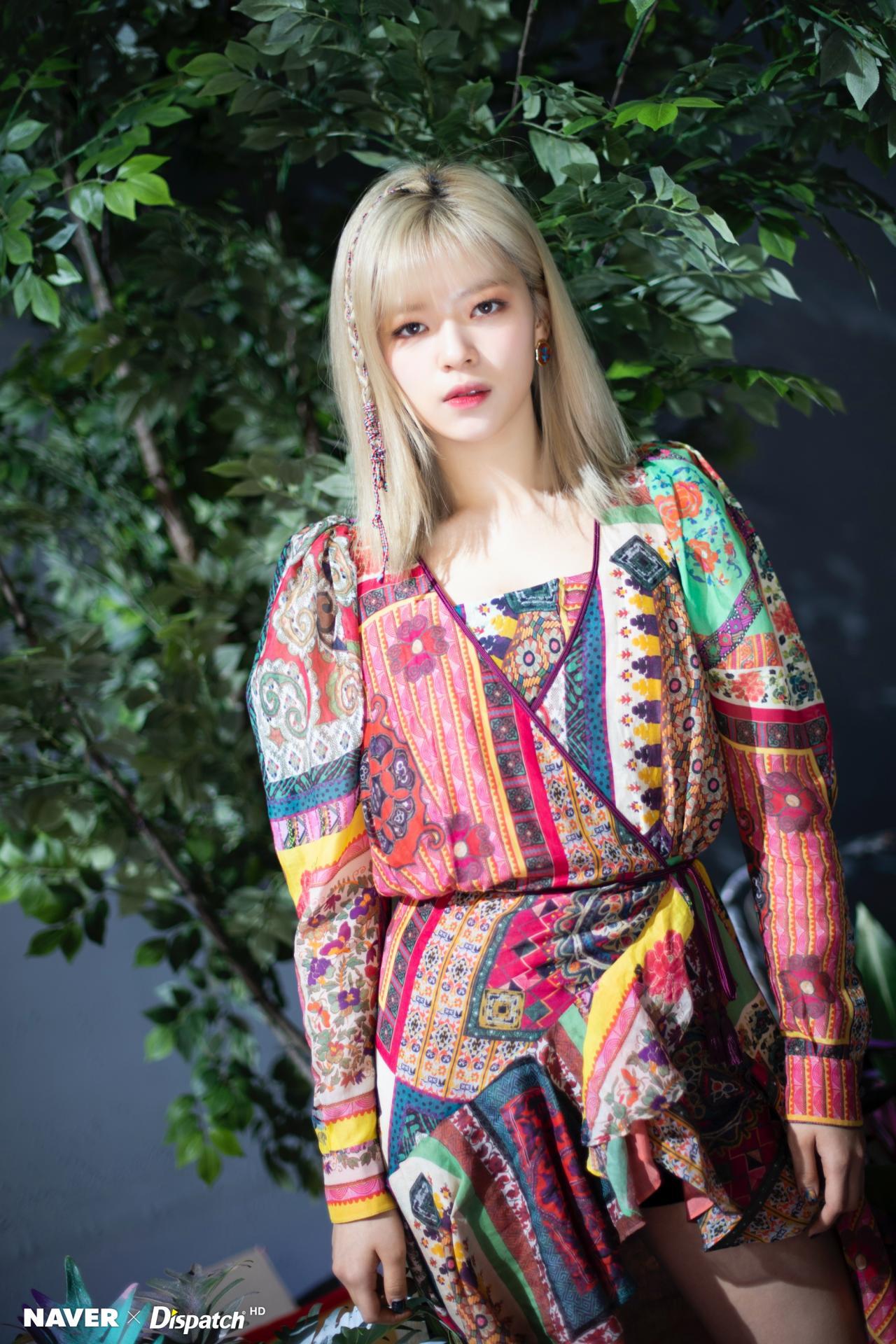 """Twice """"lột xác"""" phi thường với style mới nhưng mỹ nhân khiến netizen ấn tượng nhất không phải Tzuyu mà là người này - Ảnh 11."""