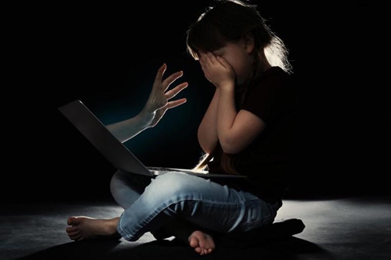 Xâm hại trẻ em trên mạng ngày càng nguy hiểm, cần có