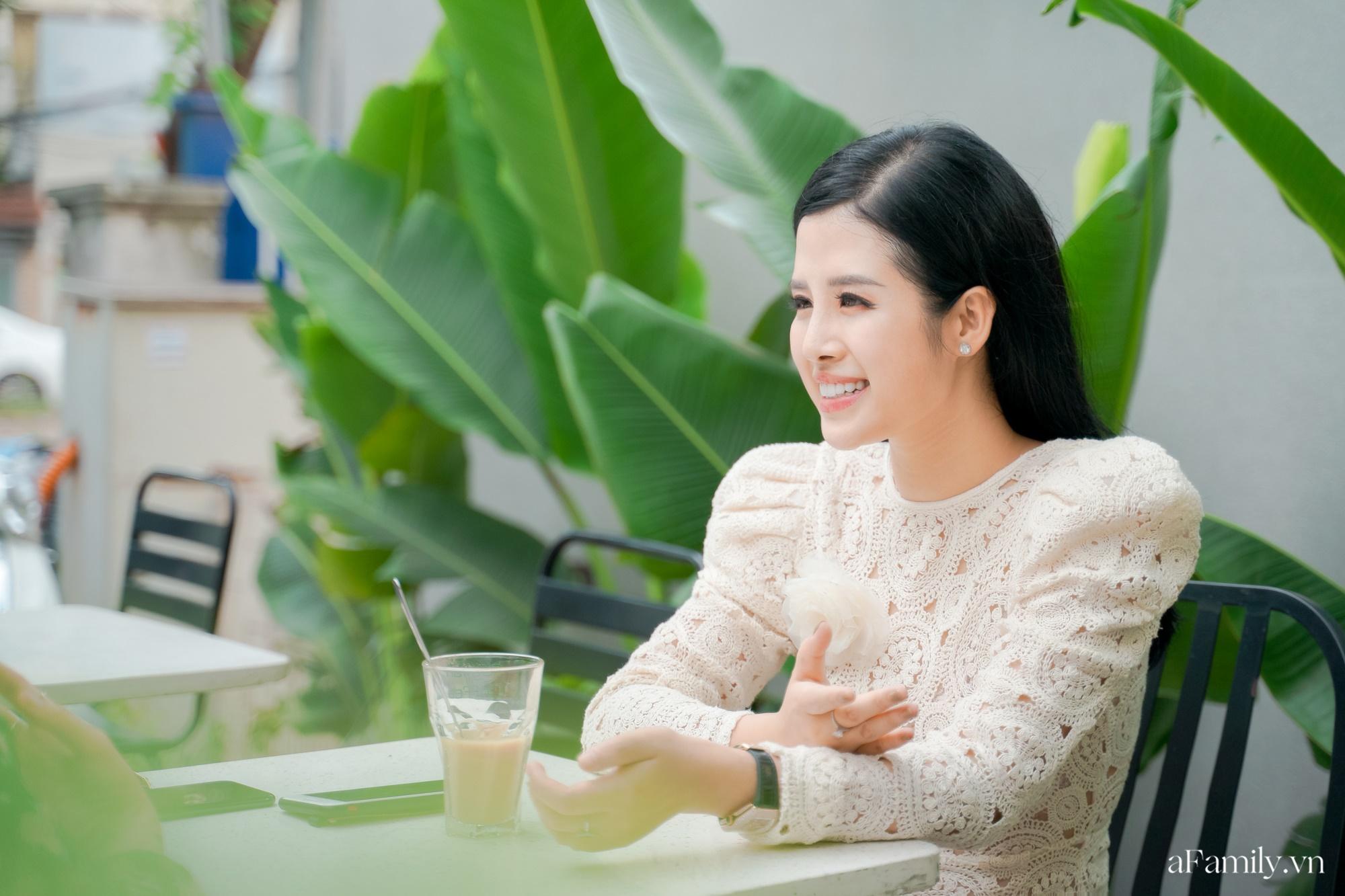 """Gặp gỡ MC Hải Vân – nàng thơ của những chương trình gai góc trên sóng VTV24: """"Ai đồn tôi là cặp kè đại gia để có tất cả thì tôi cũng mừng!"""" - Ảnh 4."""
