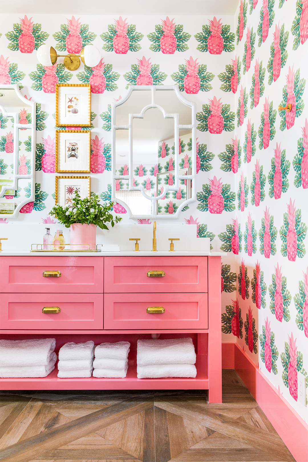 Những bí mật trang trí tường phòng tắm tạo nên không gian vui nhộn, đặc sắc - Ảnh 1.