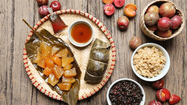 Ăn bánh ú tro Tết Đoan Ngọ như thế nào để không tăng cân?