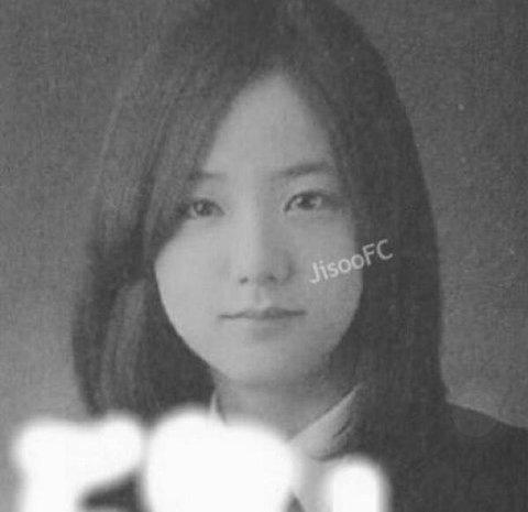 Netizen Hàn phát sốt với hành trình trưởng thành của Jisoo (BLACKPINK): Từ bé đến lớn chưa từng biết xấu là gì! - Ảnh 4.