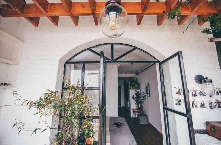 Lên kế hoạch tiết kiệm sau 7 năm đi làm, cô gái trẻ mua được căn hộ 38m² đẹp dịu dàng với sắc màu Vintage - Ảnh 3.