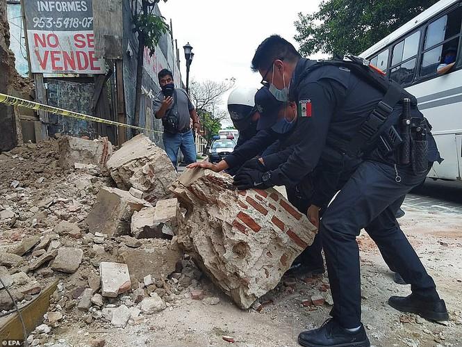 Mexico: Động đất 7,4 độ richter, ít nhất 5 người thiệt mạng - Ảnh 6.