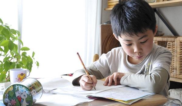 """Chuẩn bị cho giai đoạn """"tiền tiểu học"""", có những điều còn quan trọng hơn cả việc học chữ lại thường bị bố mẹ bỏ qua khiến con phải """"vật lộn"""" với trường lớp - Ảnh 6."""