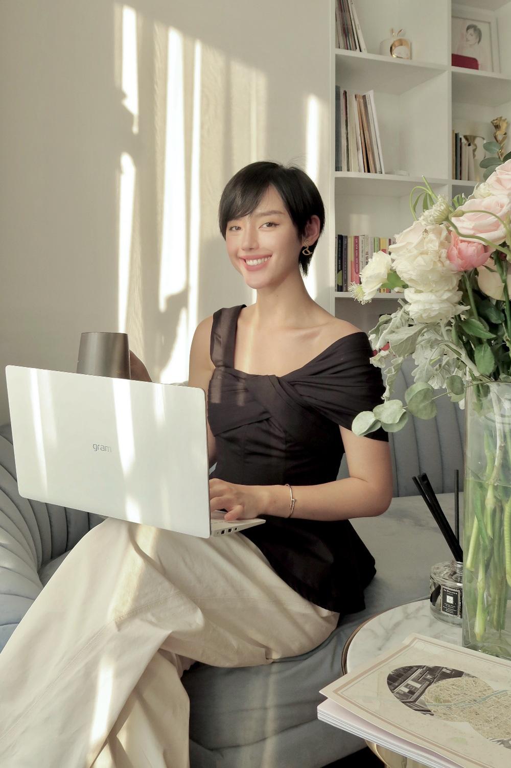 """""""Soi"""" các phối đồ mùa hè cực cuốn hút của """"Cô Em Trendy"""" Khánh Linh - Ảnh 5."""