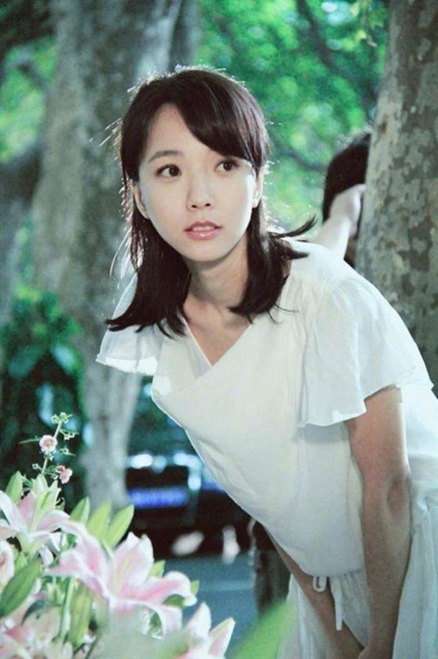 Tứ tiểu hoa đán của 10 năm trước giờ ra sao: Dương Mịch và Lưu Diệc Phi dù nổi tiếng nhưng vẫn không bằng người đẹp này - Ảnh 8.
