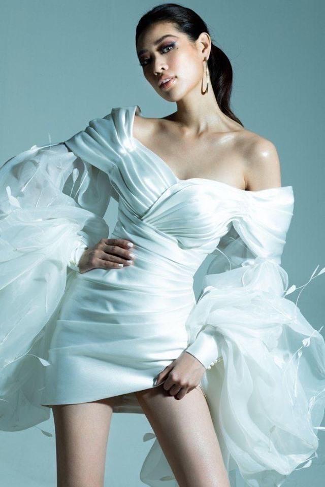 """Ninh Dương Lan Ngọc đụng váy với Lynk Lee: Người """"phiêu du"""" như tiên nữ, người gây ấn tượng với phụ kiện nổi bật - Ảnh 5."""
