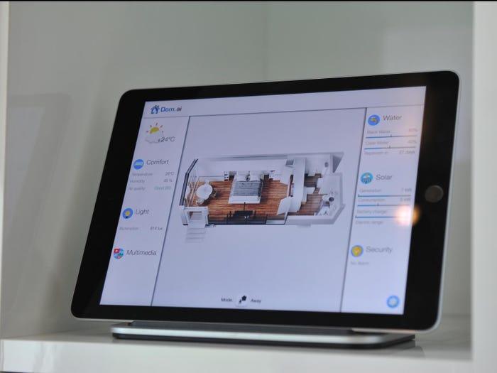 Bên trong căn nhà thông minh in 3D nhỏ mà có võ: Đủ công nghệ để chống lại cả Covid-19 lẫn đại dịch Zombie - Ảnh 13.