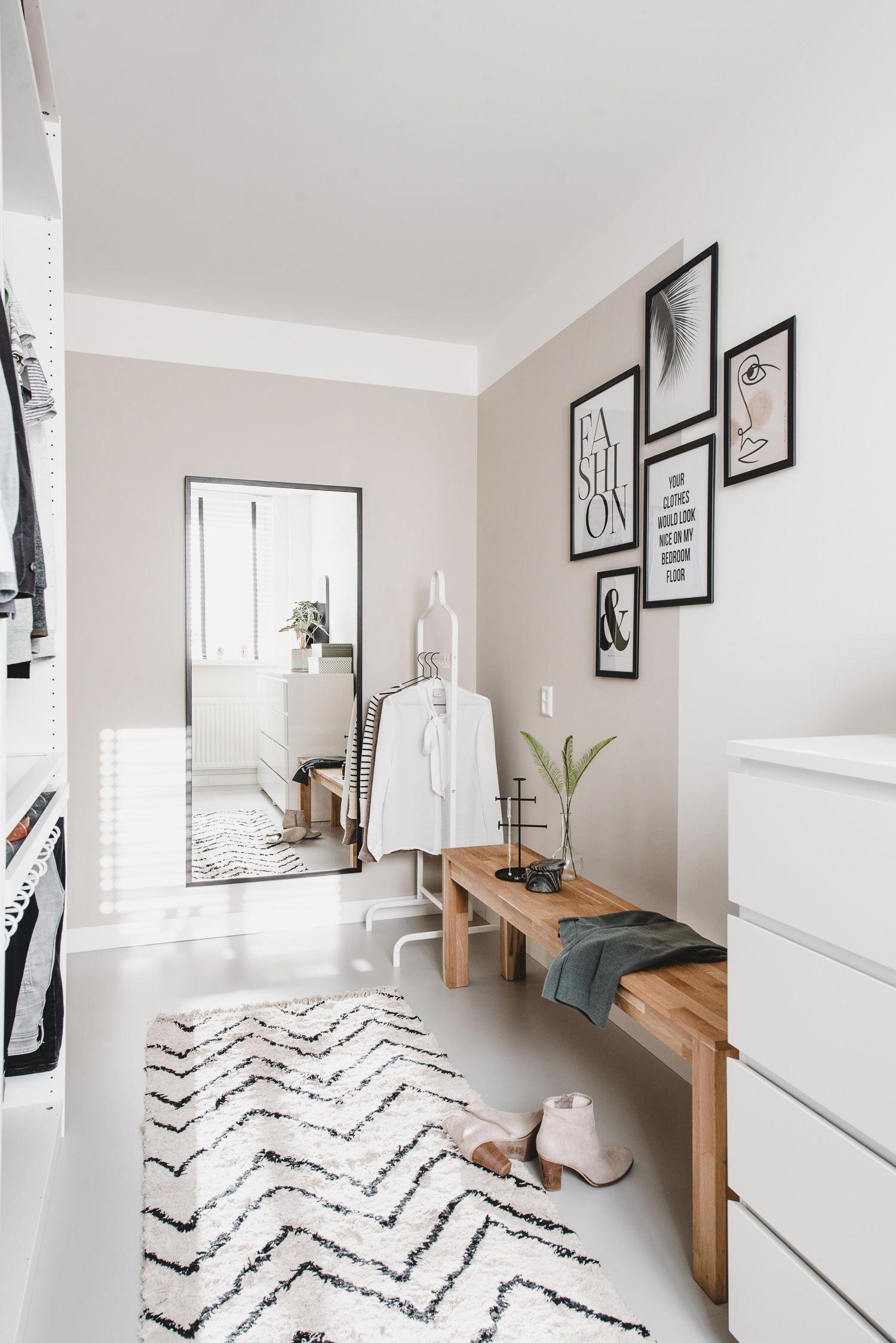 Những kiểu dáng tủ quần áo vừa thời trang vừa giúp đựng được vô số đồ đạc dành cho nhà nhỏ - Ảnh 11.