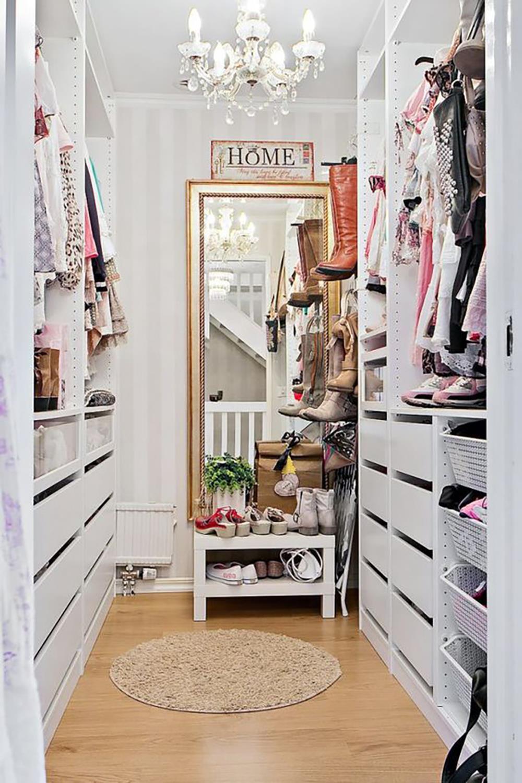 Những kiểu dáng tủ quần áo vừa thời trang vừa giúp đựng được vô số đồ đạc dành cho nhà nhỏ - Ảnh 6.