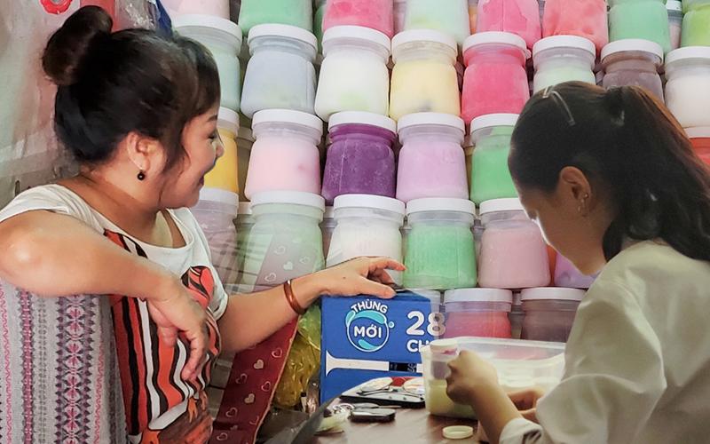 Một sáng mùa hè ghé tiệm sữa chua u Tuyết mang hương vị của những năm tháng tuổi học trò