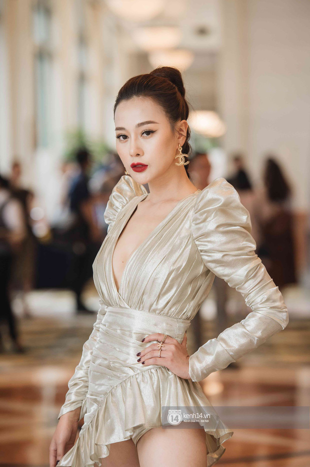 Loạt sự cố trang phục sốc tận óc của các mỹ nhân châu Á, xem mà vừa ngượng vừa thương cho các nàng - Ảnh 12.