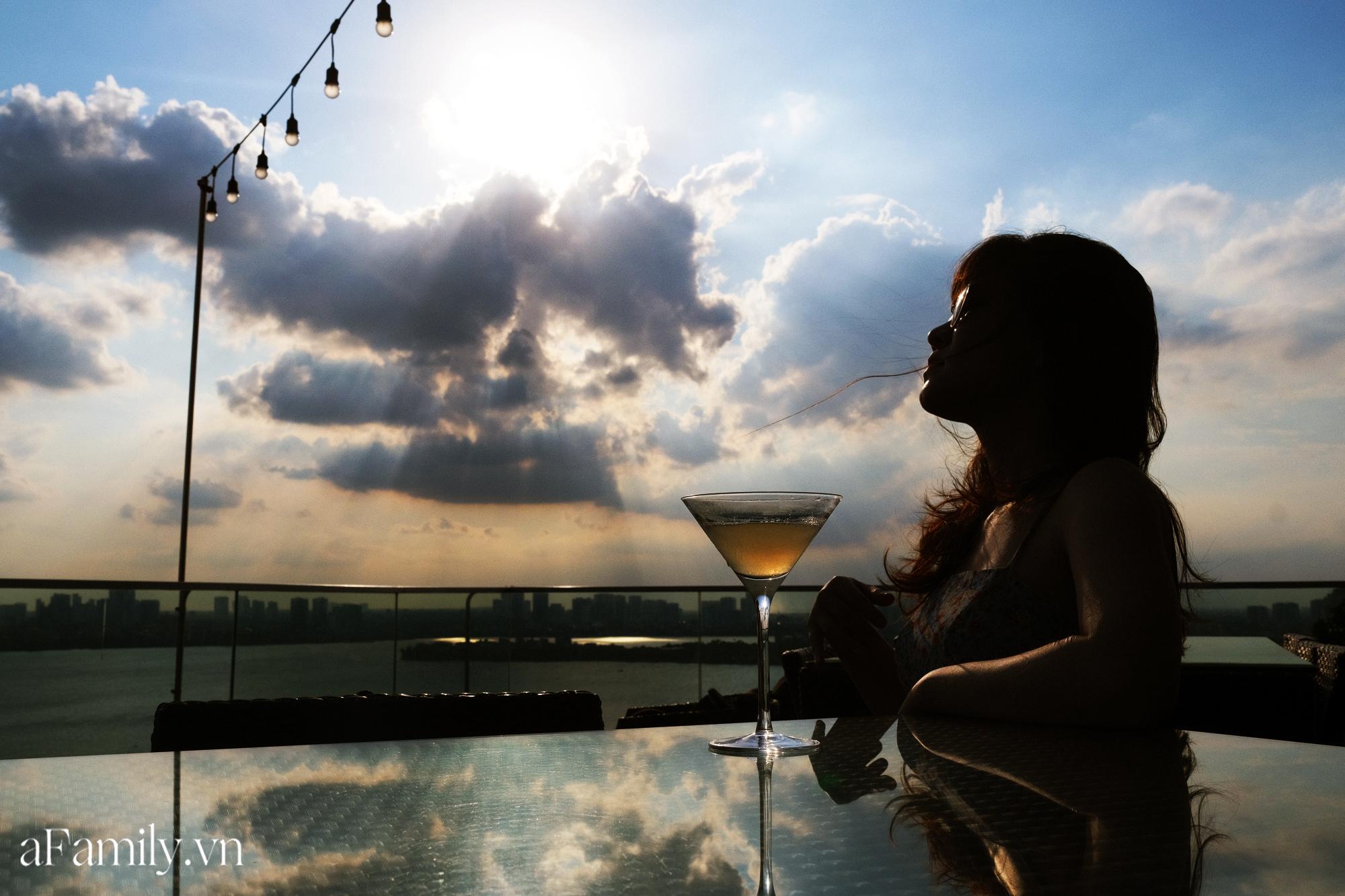 4 quán pub view hồ Tây cực đỉnh dành cho những cô nàng đam mê văn hóa Apéro - hết giờ làm là đến luôn giờ chill! - Ảnh 1.