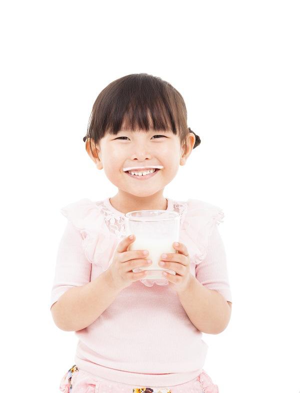 Chuyên gia dinh dưỡng trẻ em: Sữa công thức hữu cơ cung cấp cho trẻ nguồn dinh dưỡng tự nhiên và dồi dào - Ảnh 2.