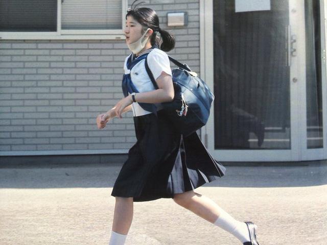 Khổ như công chúa Nhật Bản: Từ nhỏ đã được dạy dỗ cực nghiêm khắc, từng bị dân thường bắt nạt vì nguyên nhân này - Ảnh 2.