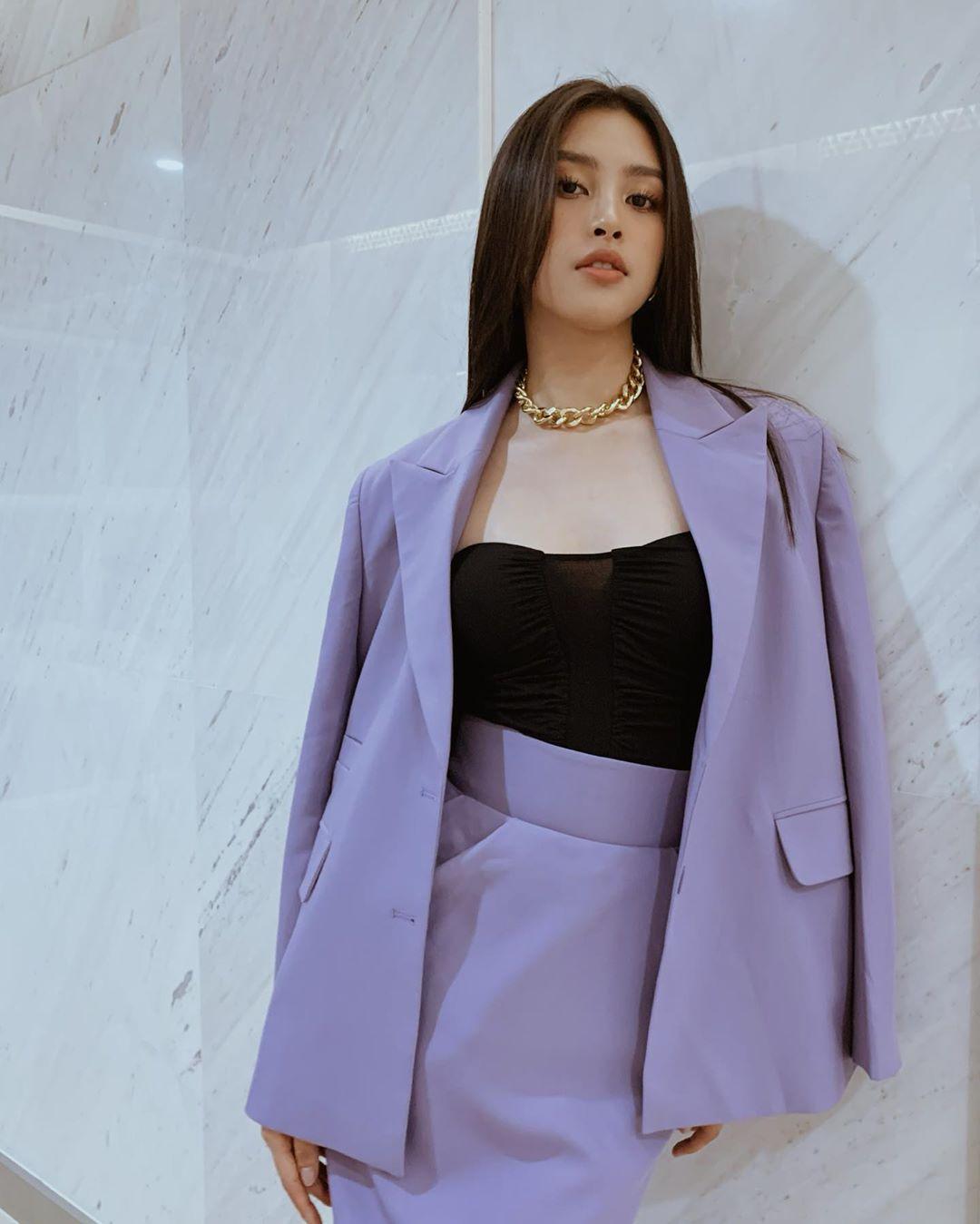 Sao Việt khi diện suit tím hot trend: Người đẹp tinh tế, người sến sẩm; nàng công sở xem cũng rút được khối kinh nghiệm - Ảnh 4.