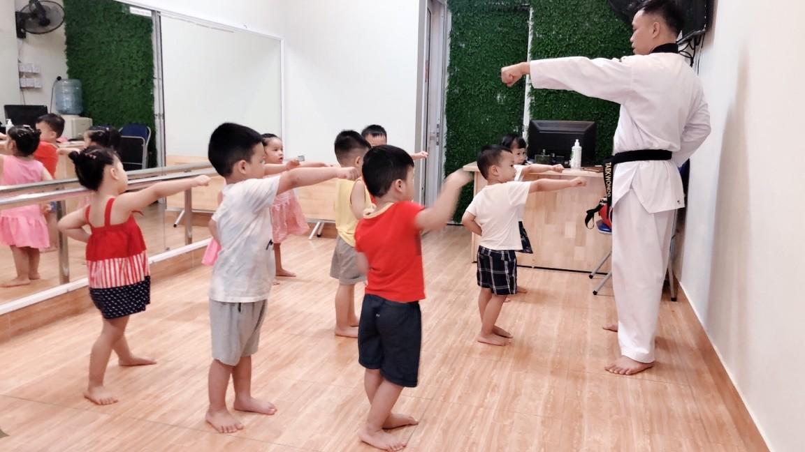 Đi tìm những trường mầm non công lập được bố mẹ Hà Nội ưu ái gửi con vào bởi học phí rẻ nhưng chất lượng giáo dục thuộc hàng top - Ảnh 6.