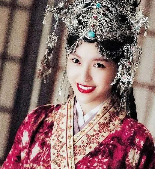 """""""Yến Vân Đài"""": Lộ cảnh Đường Yên đánh nhau với Đậu Kiêu, bà bầu mang song thai mặt vẫn nhỏ nhắn đẹp xinh - Ảnh 13."""