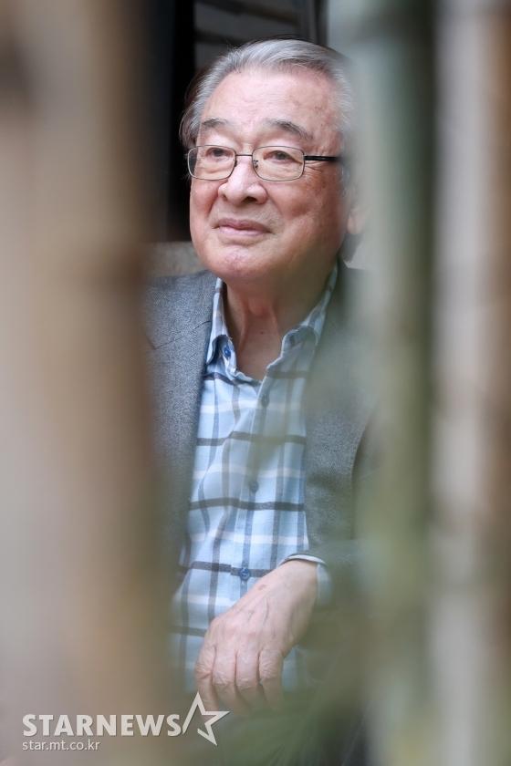 """""""Ông nội Quốc dân"""" Lee Soon Jae: Hết bị đồn mê tín dị đoan truyền bá tà giáo cho tới việc bị tố đối xử với quản lý như người hầu """"không hơn không kém"""" - Ảnh 10."""