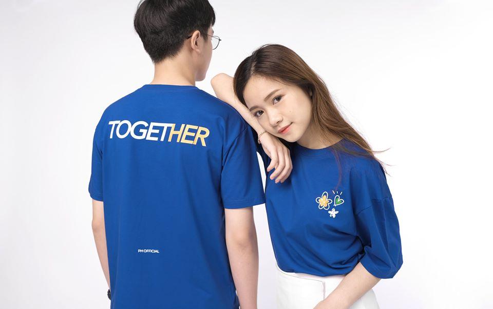 """Bóc giá cả loạt áo phông """"xịn miễn chê"""" từ brand của vợ chồng Công Phượng: Thiết kế trơn màu nhưng chất nhất là chi tiết phía sau lưng - Ảnh 6."""