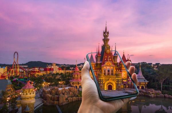 Công viên chủ đề trên thế giới ứng dụng trải nghiệm giải trí ảo - Ảnh 1.