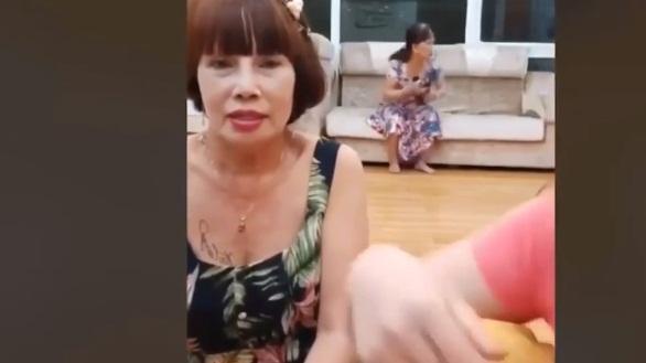 Xôn xao thông tin cô dâu 65 tuổi ở Đồng Nai thường xuyên bị chồng 24 tuổi bạo hành - Ảnh 5.