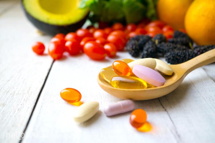 Mẹ chăm mua thực phẩm chức năng, nhỏ vitamin D vô tội vạ khiến con lãnh hậu quả - Ảnh 1.