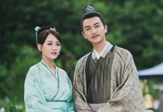"""Vị Hoàng hậu ép vua sống cảnh """"Một vợ một chồng"""", vì ghen tuông mà diệt trừ tình địch khiến khiến Hoàng đế cũng phải rời cung ra đi - Ảnh 2."""
