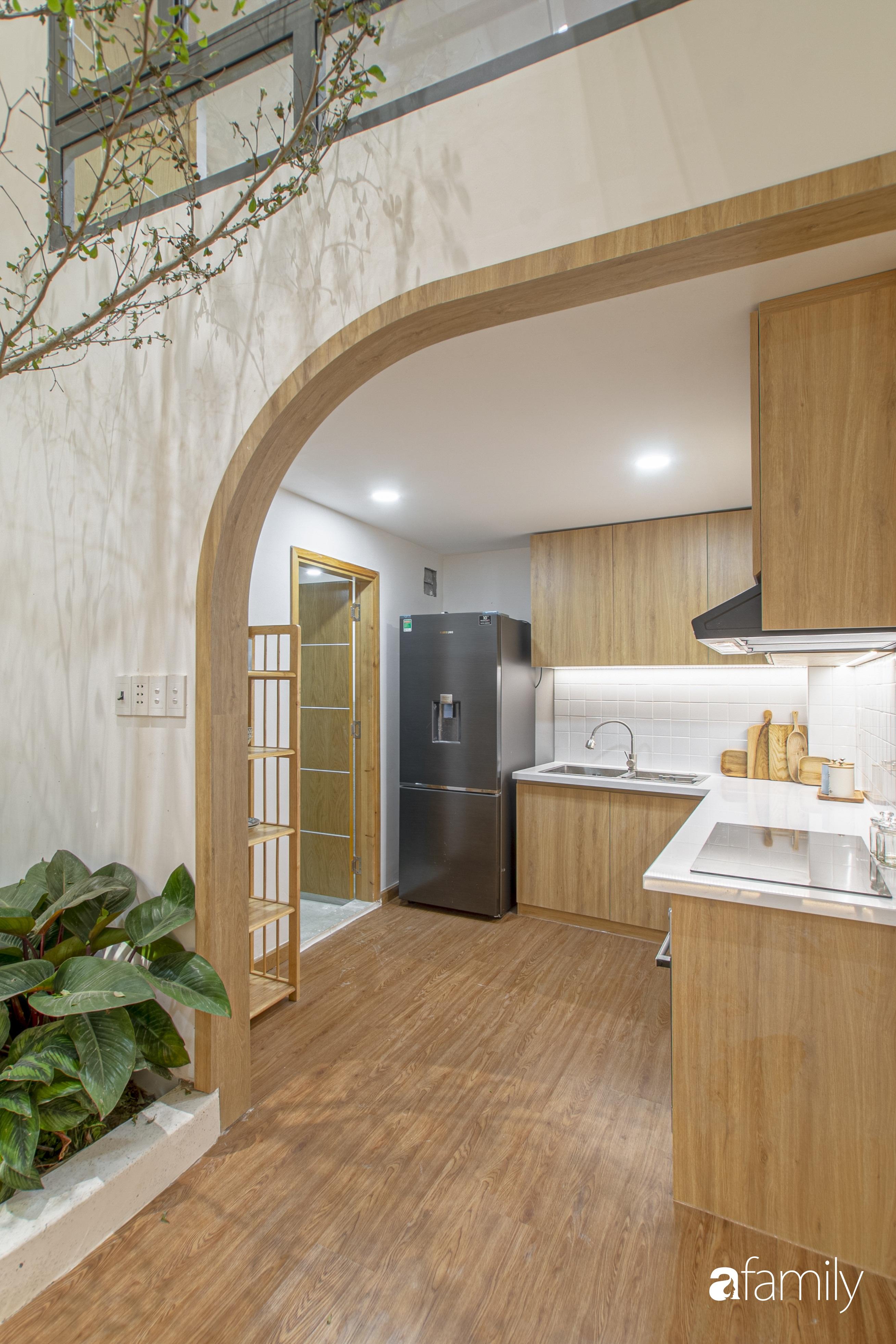 Con trai cải tạo nhà phố hư hỏng nặng thành không gian đậm phong cách Nhật cho bố mẹ an hưởng tuổi già - Ảnh 9.