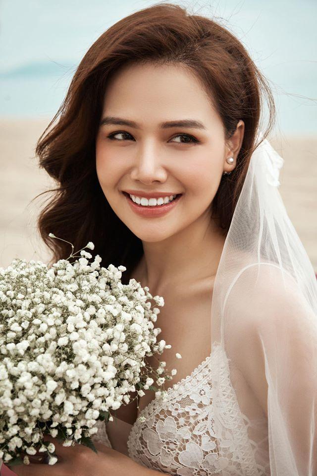 """Chỉ với một chi tiết nhỏ, Phanh Lee vô tình tiết lộ quá trình """"yêu nhanh cưới vội"""" với con trai ông chủ CocoBay? - Ảnh 2."""