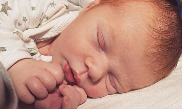 Vì sơ suất nhỏ này khi gây tê ngoài màng cứng, bà mẹ này đã phải trải qua ca sinh mổ khẩn cấp không thể quên - Ảnh 3.