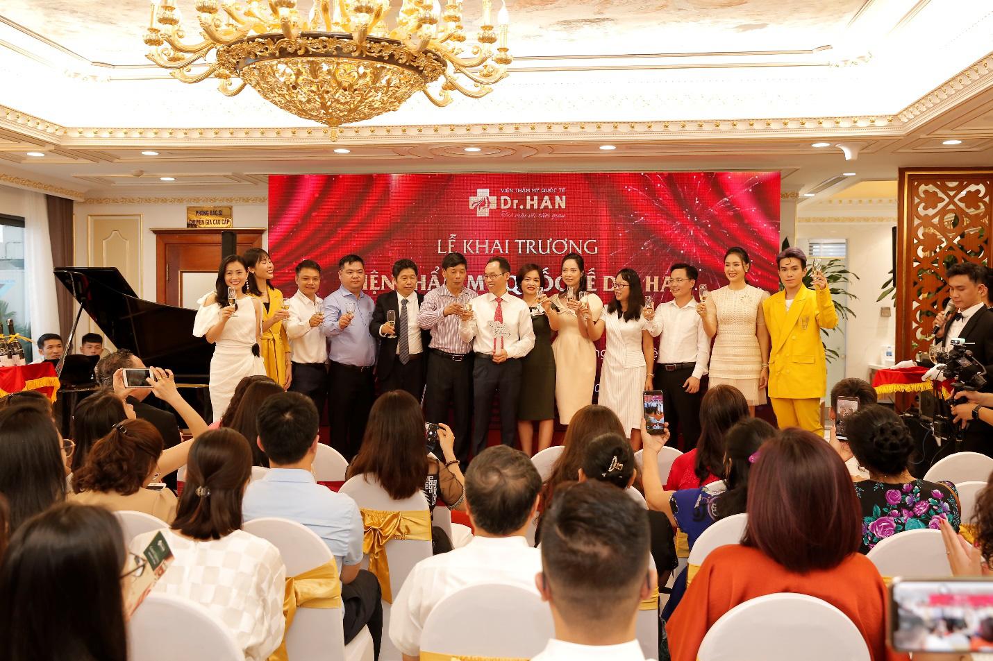 Chế độ bảo hành trọn đời – Cam kết mạnh mẽ khẳng định chất lượng dịch vụ tại Dr.Han - Ảnh 1.