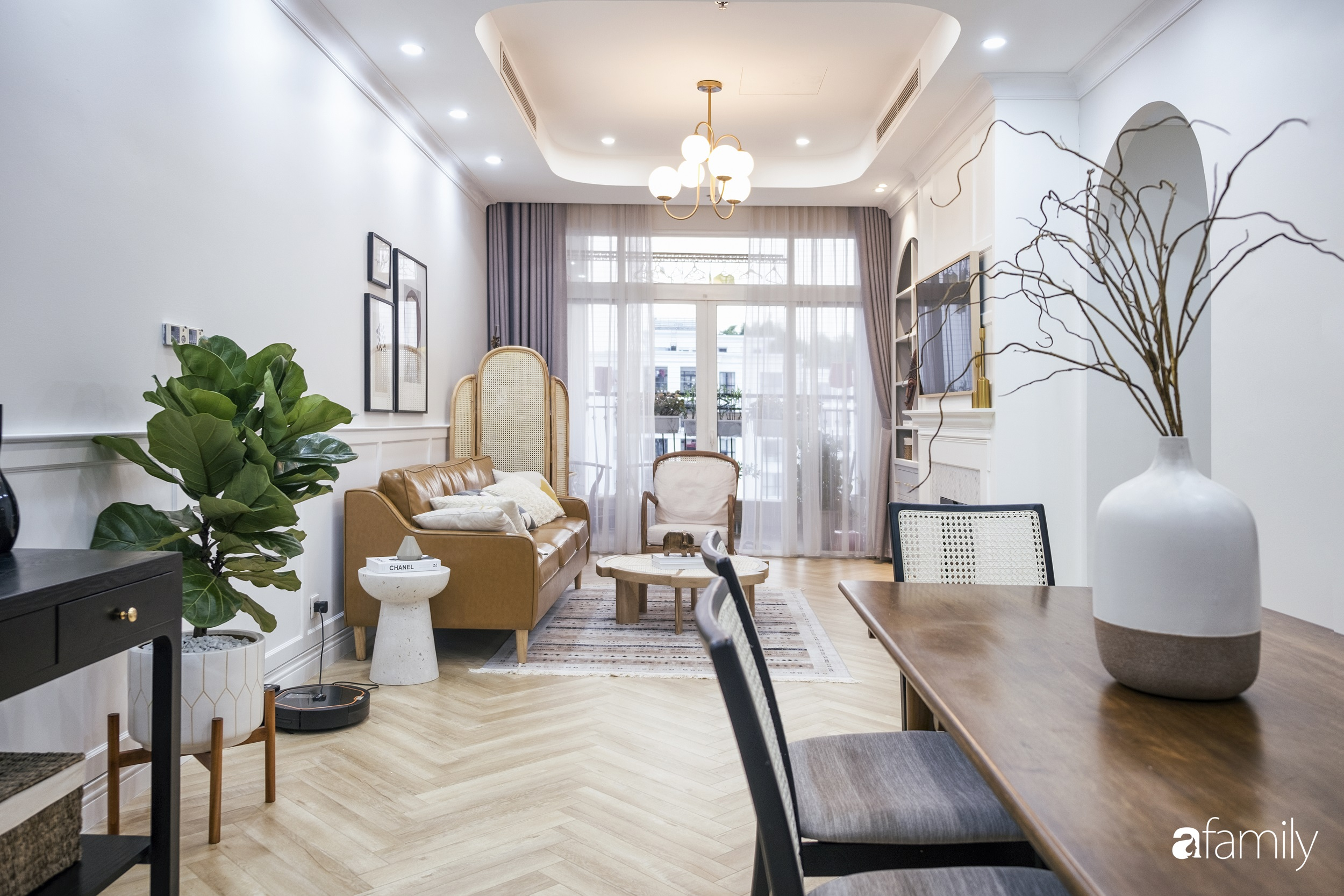 Căn hộ 120m² đẹp bình yên theo phong cách Farmhouse  có chi phí hoàn thiện 465 triệu đồng ở Hà Nội - Ảnh 1.