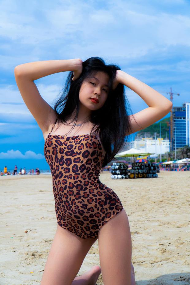 Sự thay đổi ngoại hình chóng mặt của nhóc tỳ nhà sao Việt: Con gái Trương Ngọc Ánh chân dài miên man, sốc nhất là vẻ sexy của ái nữ nhà Lưu Thiên Hương - Ảnh 9.