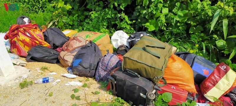 Hiện trường xe khách lao xuống vực làm ít nhất 5 người chết ở Kon Tum - Ảnh 7.